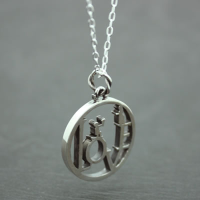 LOVE COIN PENDANT6