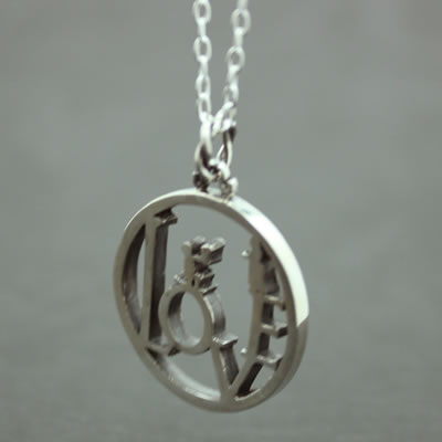 LOVE COIN PENDANT7
