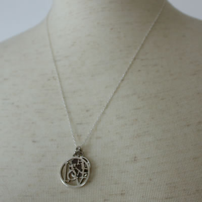 LOVE COIN PENDANT9