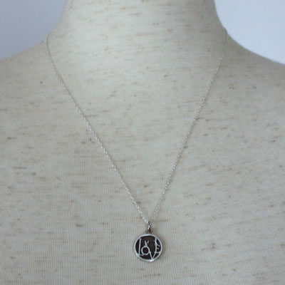 LOVE MINI COIN PENDANT8