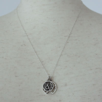 PEACE COIN PENDANT9